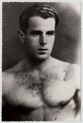 SPORTY YOUNG SHIRTLESS MAN / SPORTLICHER JUNGER MANN * 40s French Photo Gay Int