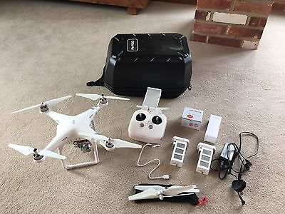 DJI PHANTOM 3 ADVANCED DRONE With 2x Batteries, Carry Case, Spares