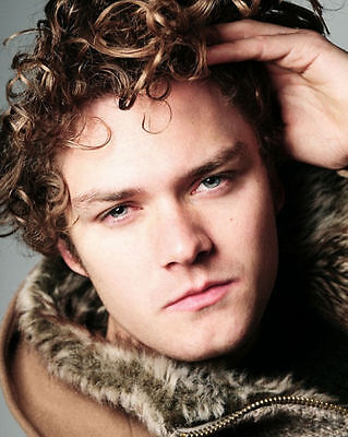 Finn Jones 8 X 10 Photo Ser Loras Tyrell Knight Of Flowers Game Of Thrones Actor