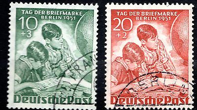 Germany - BERLIN - 1951 STAMP DAY - FULL SET - LIGHTLY USED NEVER HINGED