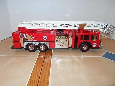 Texaco Aerial Tower Fire Truck,1:32 scale,#5 in the series,MIB,stock # TX97