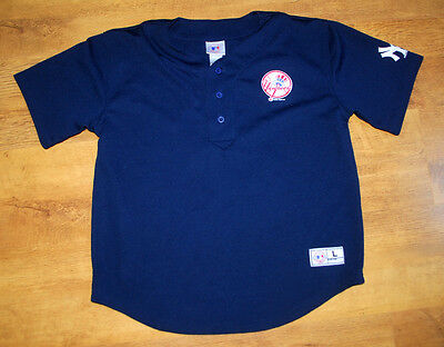 Official New York Yankees Posada jersey (Youth Size L 14-16)