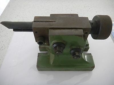 Adjustable angle centre tailstock for milling/dividing head