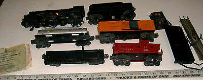 1940s LIONEL Metal Die-Cast 2026 + 5 Car Freight Train Set with Smoke & Whistle
