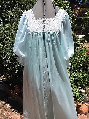 Vintage Miss Elaine Blue Peignoir Set Nylon & Lace Size Medium