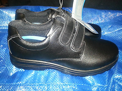 BATA Boy's Black Leather School Shoes Hook and Loop Size 4 BRAND NEW