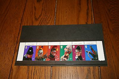 4/9/2001 Royal Mail MNH Stamps  Block of 6 Punch and Judy Show Puppets