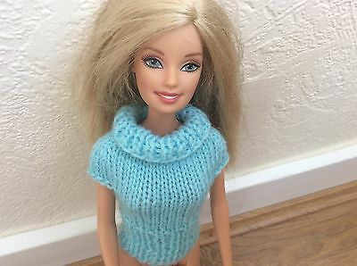 Hand  knitted  barbie doll clothes,new knitted top.