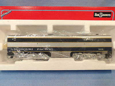 AMERICAN FLYER S GAUGE No.48118 MISSOURI PACIFIC PB-1 NON-POWERED ENGINE