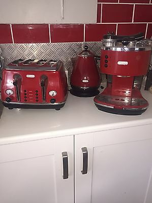Delonghi Coffee Maker / Machine, Toaster And Kettle. All Matching