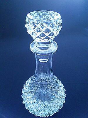 "Vintage moulded glass decanter ""Hobnail"" pattern"