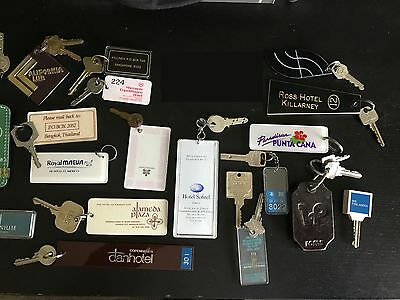 Lot of 24 Vintage Hotel & Motel Keys and FOB  International and Domestic Hotels