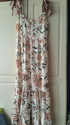 brand new marks and Spencer ladies size 10 floral long dress