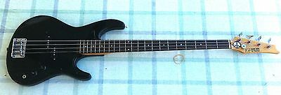 Bajo Z Silver Cadet by IBANEZ - Vintage Bass