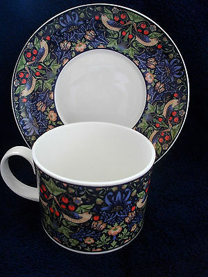Dunoon Fine Bone China Cup And Saucer Entitled  Strawberry Thief 1St Quality
