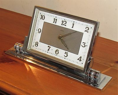 Delightful 1930's Art Deco 8 Day Desk Clock In Chromed Case