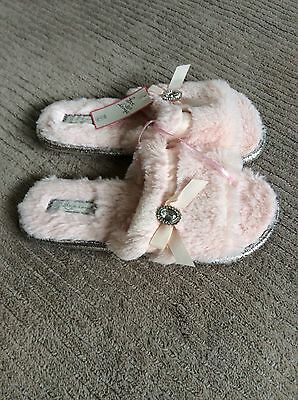Pink ladies slippers. Size 5-6. New