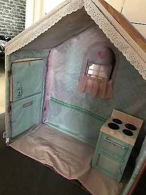 Dream town Rose Petal Cottage And Cooker