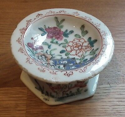 Good 18Th Century Chinese Export Porcelain Trencher Salt - Polychrome Enamel