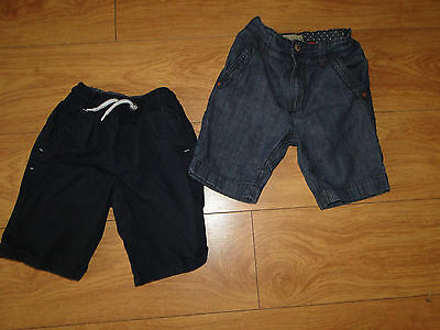 Next boys shorts x2  age 7 years