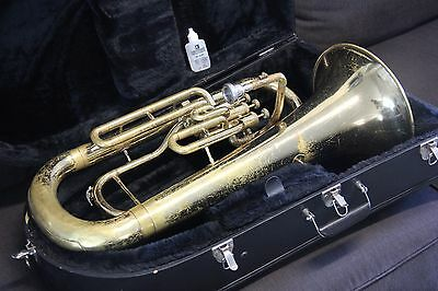 Yamaha YEP201 M MARCHING Euphonium Horn YEP 201 Baritone Hard Case & Mouthpiece
