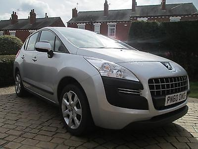 Peugeot 3008 Crossover 1.6HDi Diesel 110bhp Active - Silver -
