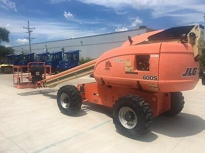 2008 JLG 600S. 60ft Lift Height Straight Boom. Gasoline Engine ONLY 1549 HOURS!!