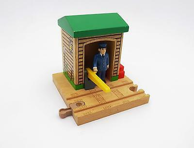 CONDUCTOR'S SHED Thomas the Tank Engine Wooden Train Track RETIRED