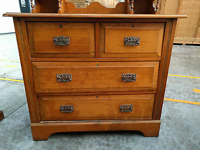 Wooden Drawers with mirror