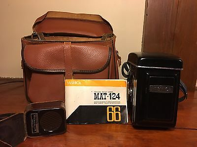 Vintage Yashica Mat-124 Twin Lens Reflex Camera and Case