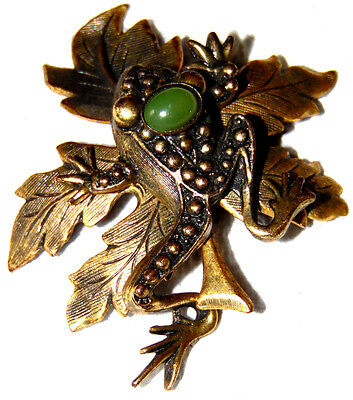 Vintage Antique Gold Tone Frog On Leaf Cabochon Pin Brooch ~Signed: Mary Demarco