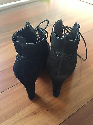 Brand New Black Suede Size 8 NINE WEST Shoe/boots