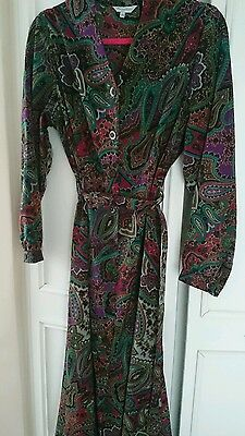 Vintage Paisley tea  dress 1970s SIZE 16 EXELLENT CONDITION