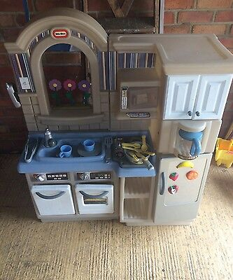 Little Tikes, Inside/Outside, Cook 'n Grill Kitchen
