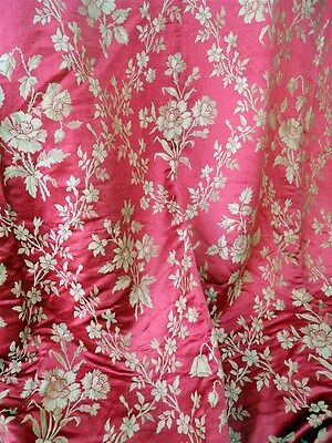 N° 2 .. French antique 19th-century red /pink  silk  floral decor  1880circ