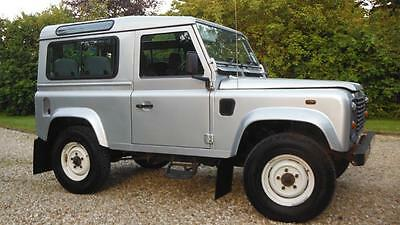 Land Rover 90 Defender 2.5 TD5 County Station Wagon.