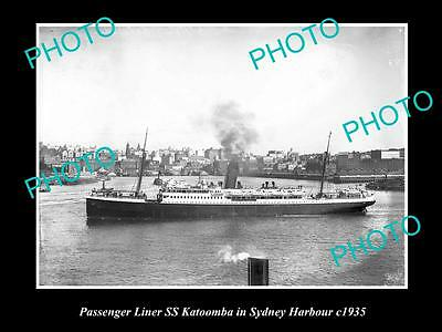 OLD LARGE HISTORIC PHOTO OF PASSENGER LINER SS KATOOMBA IN SYDNEY HARBOUR c1935