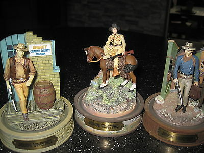 12 x john wayne sculptures with domes limited edition franklin mint wild west