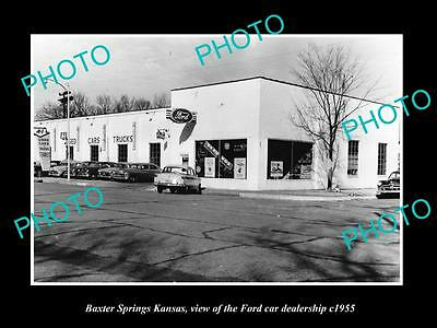 OLD LARGE HISTORIC PHOTO OF BAXTER SPRINGS KANSAS, THE FORD CAR DEALERSHIP c1955