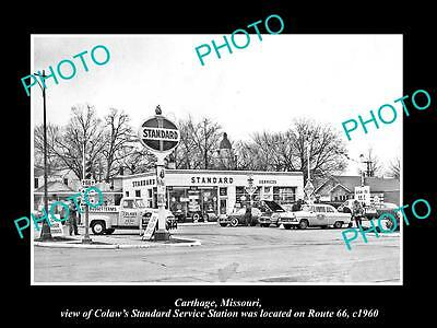 OLD LARGE HISTORIC PHOTO OF CARTHAGE MISSOURI, THE STANDARD OIL STATION c1960