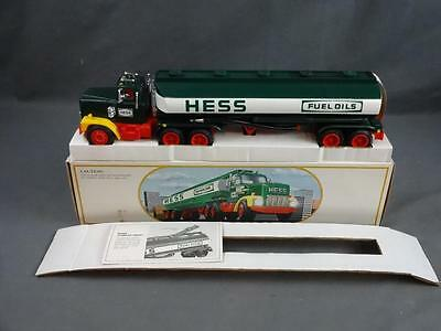 Vtg 1984 Hess Tanker Tractor Trailer Truck Bank Complete in Box EX/NM Working