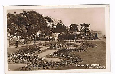 Real Photo B/w  Postcard  - New Gardens , Hamilton Cliffs - Felixstowe