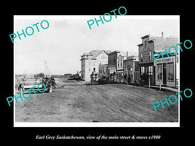 OLD LARGE HISTORIC PHOTO OF EARL GREY SASKATCHEWAN, THE MAIN St & STORES c1900