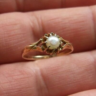 ANTIQUE VICTORIAN NATURAL NATURAL PEARLS 18k GOLD RING