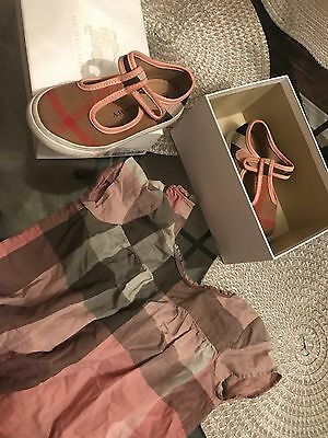 3 toddler girls Burberry top and shoes size 25