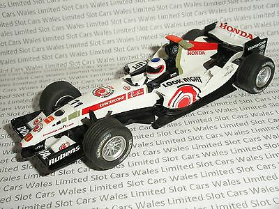 Scalextric - Honda F1 #11 Barrichello (Lucky Strike Livery) - Mint Cdn.