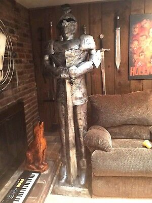 Medieval Knight Suit Of Armor 7 'h W/( 8)Imported Sword Collection (Pickup Only)