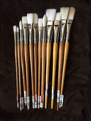 Lot Of 12 M. Grumbacher Artist Paint Brushes Various Sizes