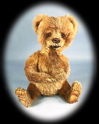 Artist Bear, Realistic Grizzly cub, Mohair jointed, Mary Wimberley, Posable