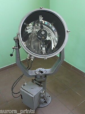 vintage searchlight from NAVY battleship Xenon arc 28 million candle power EVENT